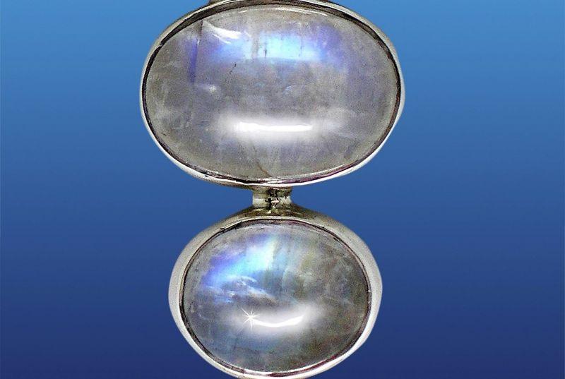 Piedra de luna Características, yacimientos, beneficios, historia Mineral